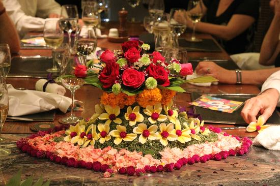 Saba Villas: Table decorations for a party at Yudhistira
