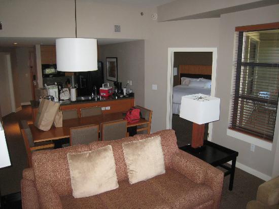 Westin Monache Resort Mammoth: Deluxe Suite, Living room