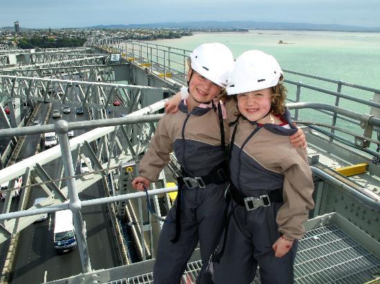 Auckland Bridge Climb: Top of the Auckland Harbour Bridge