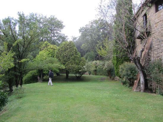 Hotel La Sala de Camos: the garden