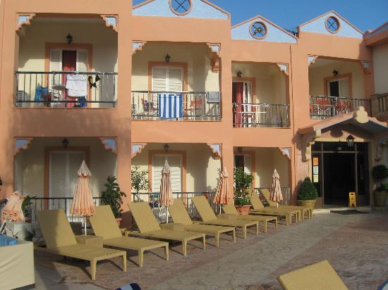Smartline Princess Hotel: The Hotel