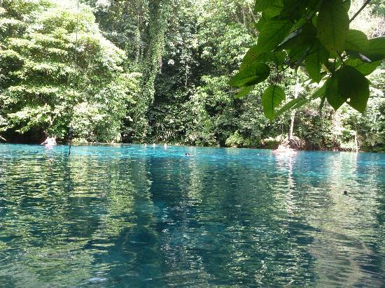 Paradise Tours Santo: Blue Hole