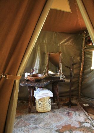 Enkerende Tented Camp: Baño de nuestra tienda