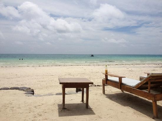Boracay Beach Club: From the beachside bar