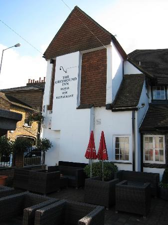 The Greyhound Inn: hotel exterior