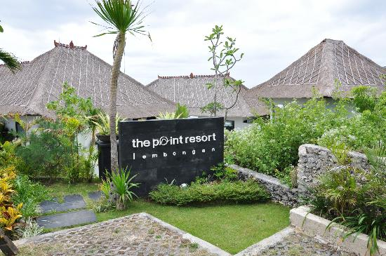 The Point Resort Lembongan: Front Entrance