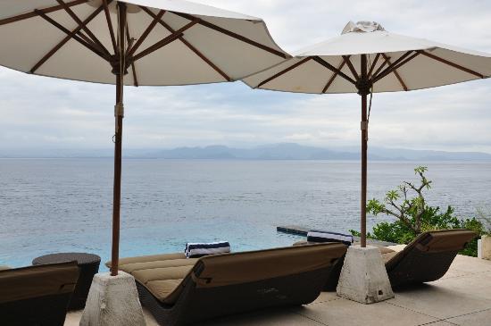 The Point Resort Lembongan: Pool