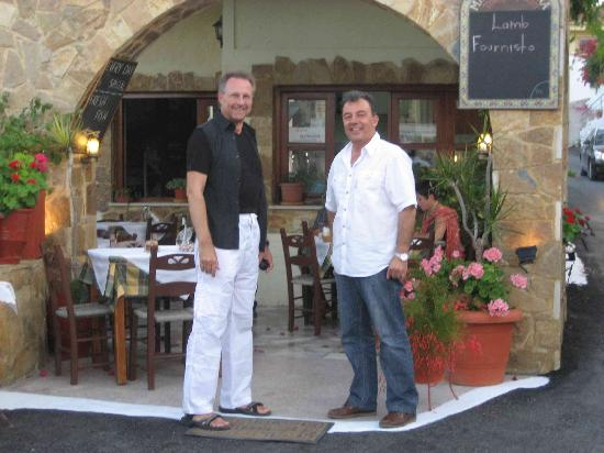 Manolis Taverna Restaurant: manolis 1