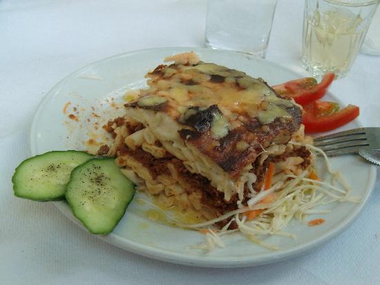 Manolis Taverna Restaurant: pasticcio