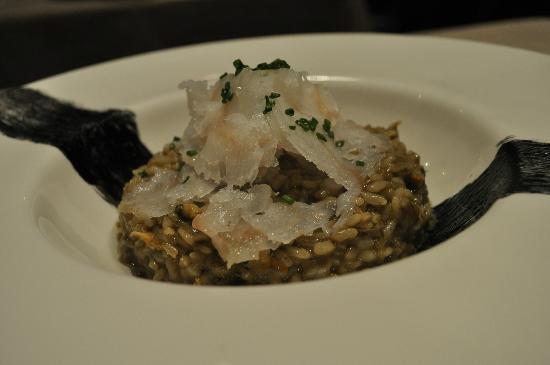 L'Onaindia Restaurant: Arros d'algas amb carpaccio de bacalla