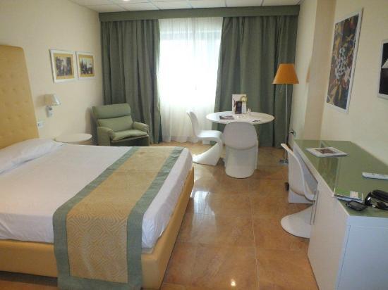 Mercure Villa Romanazzi Carducci Bari: Bedroom
