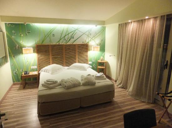 Corfu Mare Boutique Hotel: serenity suite : master bedroom
