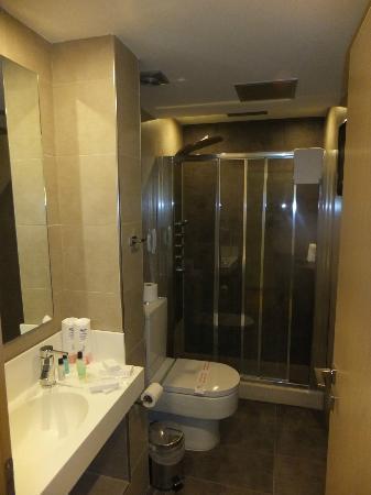 كورفو ماري بوتيك هوتل: serenity suite : additional 2nd guest bathroom