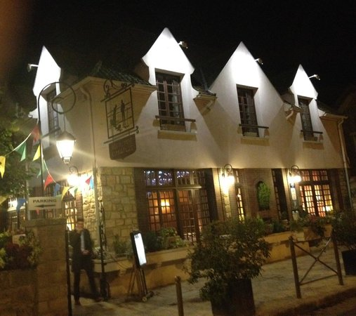 Barbizon, France: L' Angelus at night