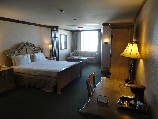 El Cortez Hotel & Casino: room
