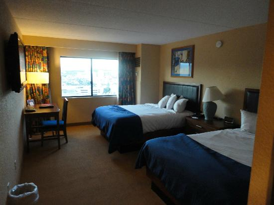 Harrah's Laughlin: room
