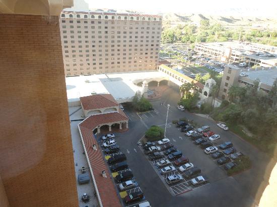 هاراز لوجلين هوتل آند كازينو: hotel 