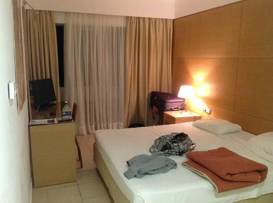 Doreta Beach Hotel: Room
