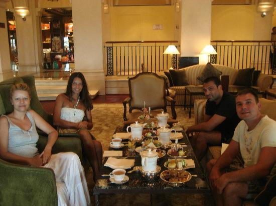 The Ritz-Carlton, Dubai: Afternoone tea