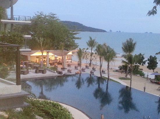 Beyond Resort Krabi: beach