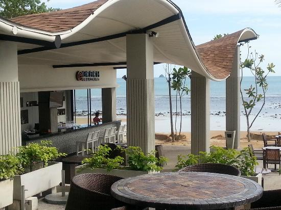 Beyond Resort Krabi: Bar
