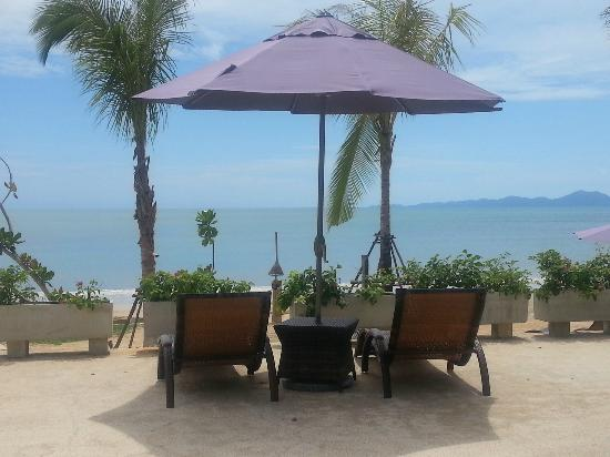 Beyond Resort Krabi: pool view