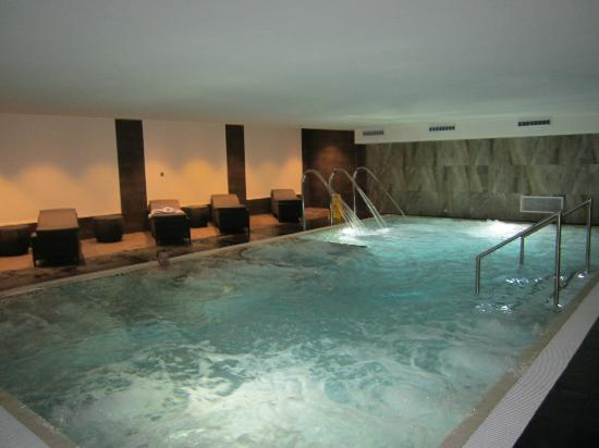 Grasmere village picture of the daffodil hotel spa grasmere tripadvisor for Keswick spa swimming pool prices