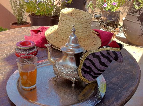 Riad Dar Zaman: Tea time served by Hassan