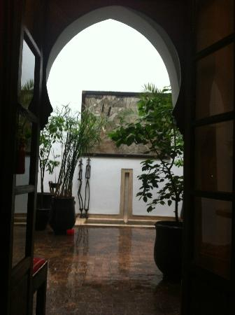 Riad Dar Zaman: view from salon