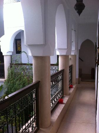 ‪رياض دار زمان: 2nd floor loggia