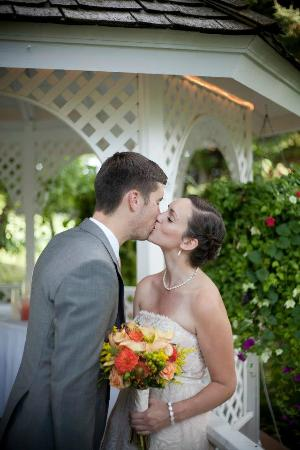 Homestead Resort: Kissing by the Gazebo