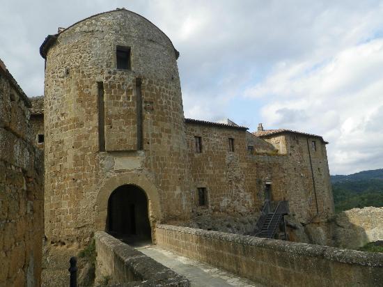 Hotel della Fortezza: more of the castle