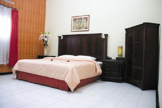 Photo of Hotel Trio Indah 1 Malang