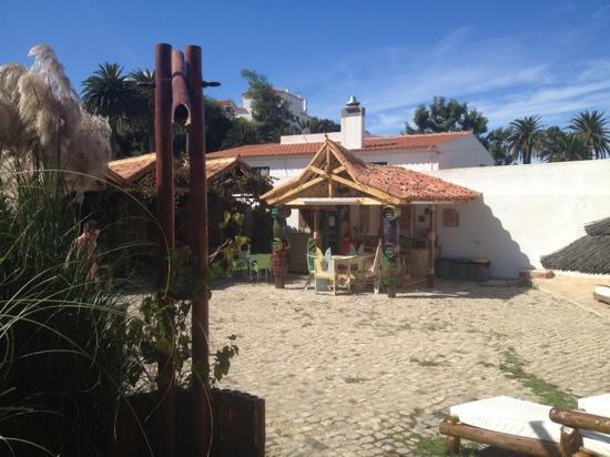 Eco Sound - Ericeira Ecological Resort: honesty bar