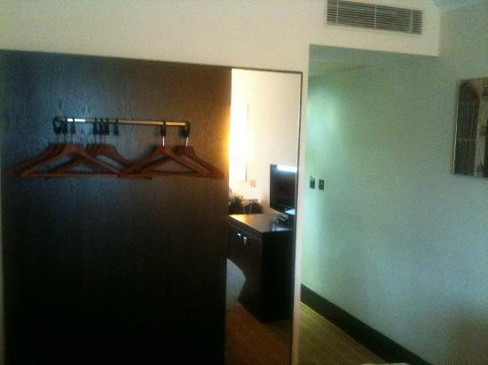 The Gonville Hotel: clothes rail with flimsy hangers