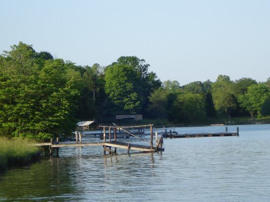 Sailing At Lake Norman Yacht Club