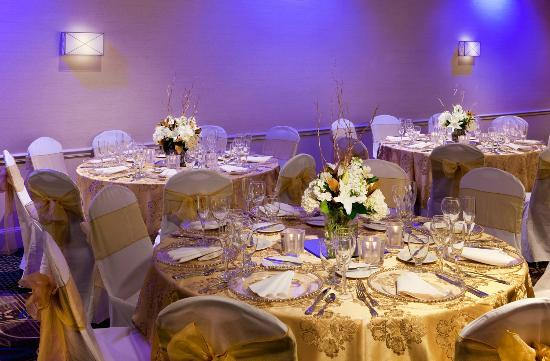 Crowne Plaza Boston Woburn: Social Catering