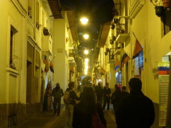"Hostal Quito Cultural: Close to ""Calle Ronda"" with many restaurants and music!"