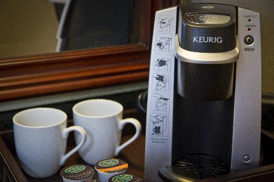 Town & Country Inn and Suites: Keurig Coffee Makers in Every Guestroom
