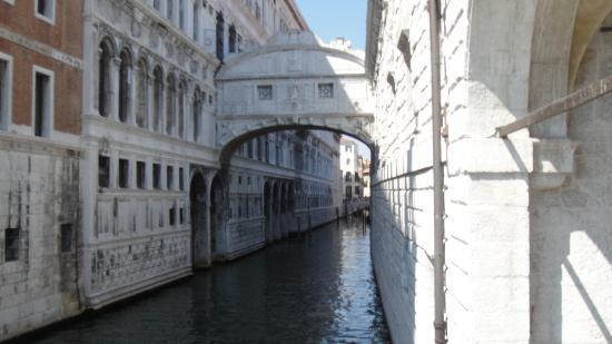 Ponte dei Sospiri: kapalı -son nefes köprüsü