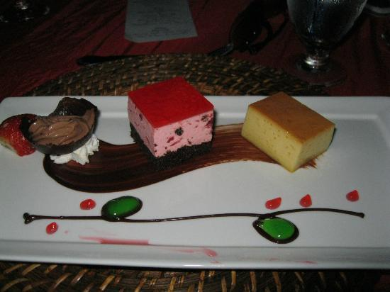 Sandals Royal Bahamian Spa Resort & Offshore Island: Yummy dessert