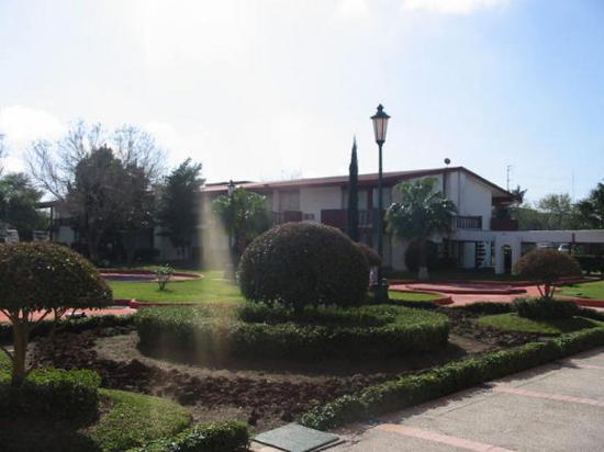BEST WESTERN Gran Residencial: Hotel Exterior
