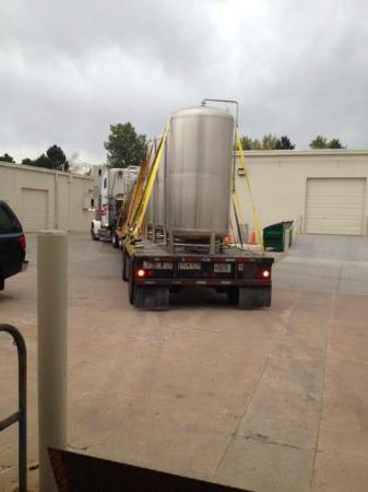 Lone Tree Brewing Company: server tanks arrive