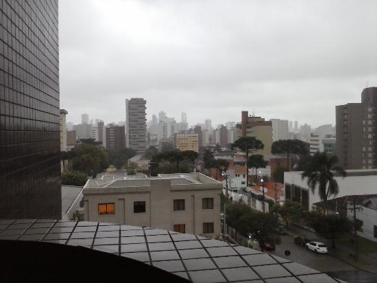 Rio Hotel by Bourbon Curitiba Batel: vista do quarto