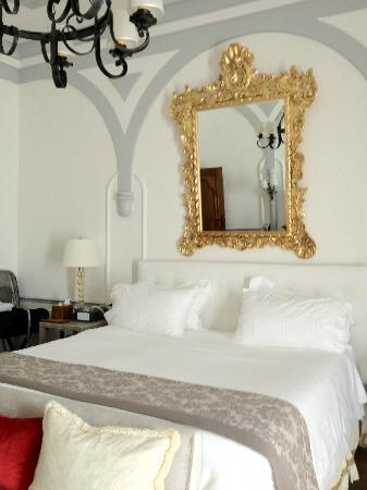 The St. Regis Florence: Our Bed/ So Comfy
