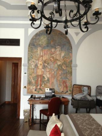The St. Regis Florence: Another Wall in Our Room