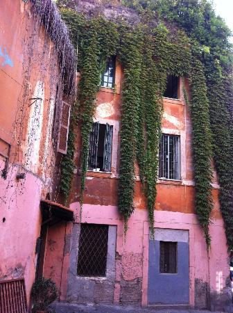 Villa della Fonte: This building is just opposite the guest-house