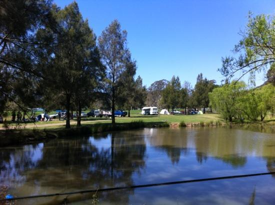 ‪‪Glenmack Park‬: view of dam and campground