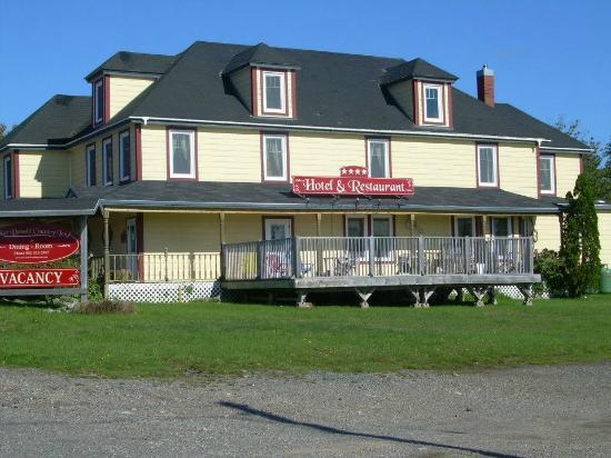 A. MacDonald Country Inn: A Macdonald