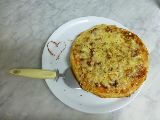 La Escalopa: Pizza hecho con corazon !